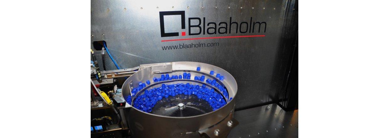 High-end robotløsning med indbygget kvalitetskontrol til SP Moulding