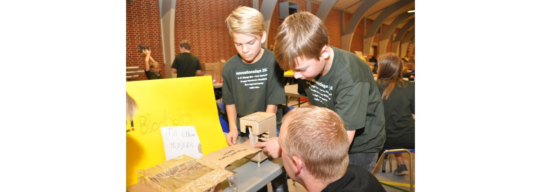 6. klasserne i Varde Kommune arbejder med en Blaaholm case på Innovationsdage 2018