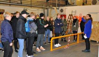 100 elever fra 8 klasse i Ansager, Agerbæk og Næsbjerg gæstede Blaaholm